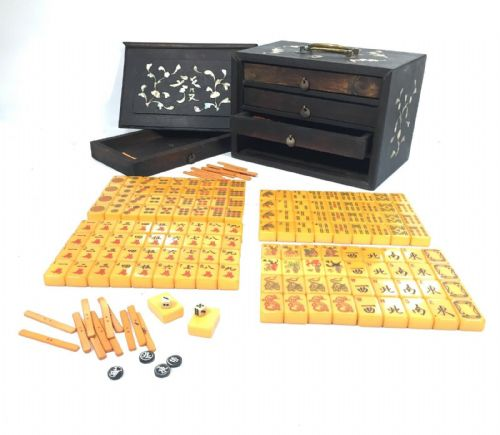 Antique Yellow Bakelite Mahjong Set In Wooden Box / Mah Jong -  Mother Of Pearl